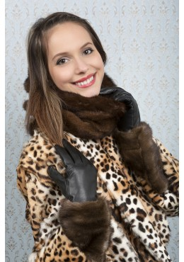GLOVES with mink fur trim