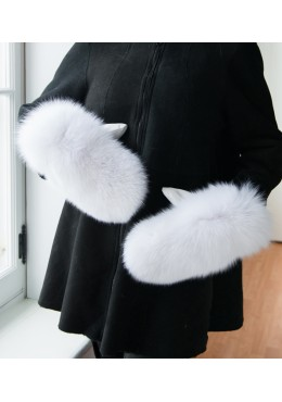 WHITE FOX FUR MITTENS