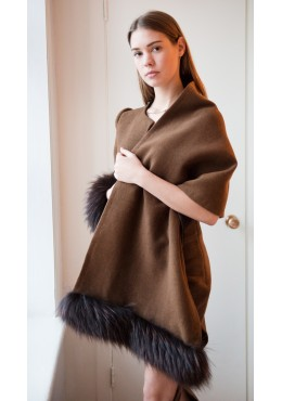 Scarf-jacket with  fur trim